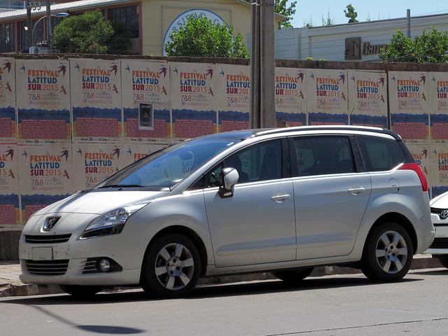 Peugeot 5008 1.6 e-HDi Active 2013