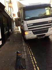 Can not Pass on Yellow Lines
