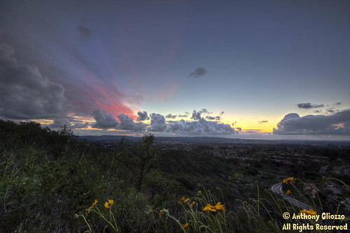 ca sunset usa birds clouds view cloudy scenic southerncalifornia missionviejo orangecounty lenticular cirrus vistadellago cumulous canon5dmarkiii anthonygliozzo canon500mmf4isii canonteleconverter14iii canon100400mmisiiusmf56 canaverastrail