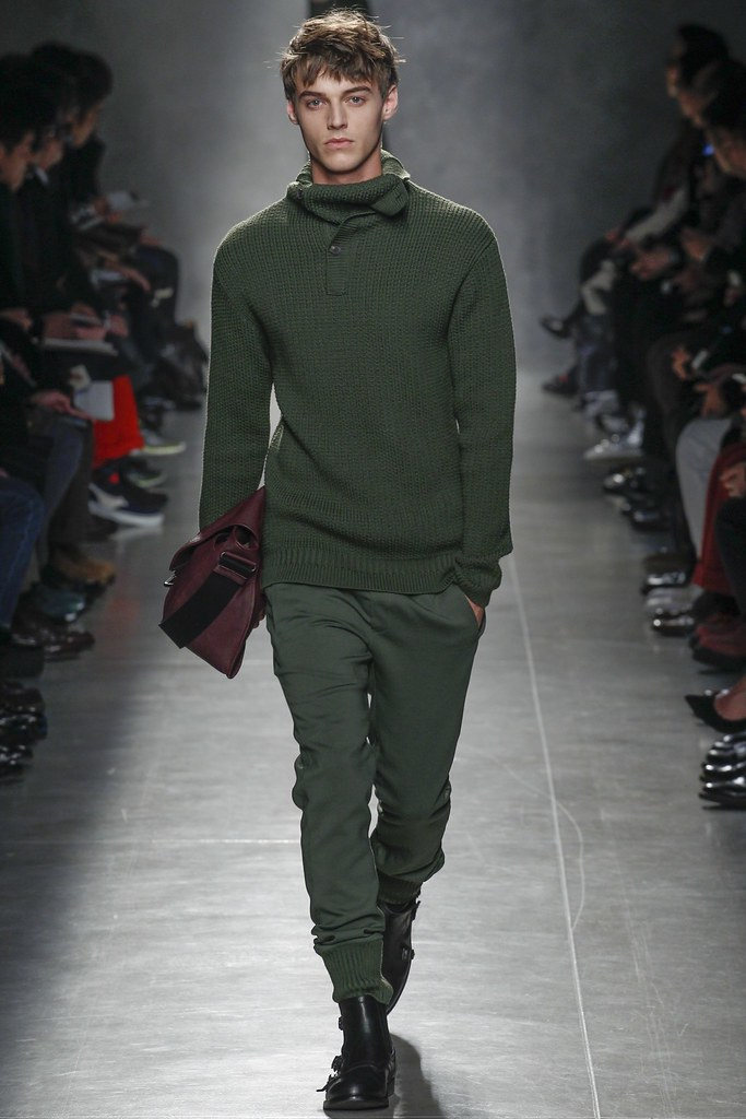 Robbie Wadge3668_1_FW14 Milan Bottega Veneta(VOGUE)
