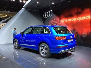 Audi-2015-Q7-02