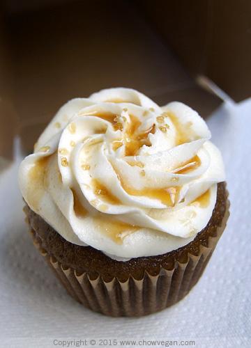 Vegan Coffee Cupcake with Vanilla Frosting