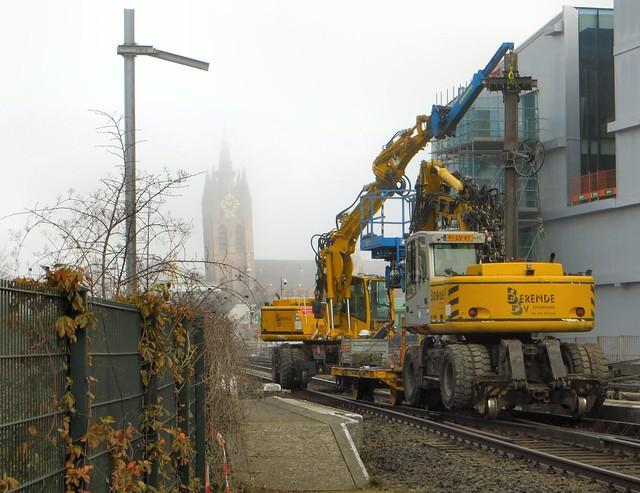 20150311 Delft - afbraak bovenleidingsmasten