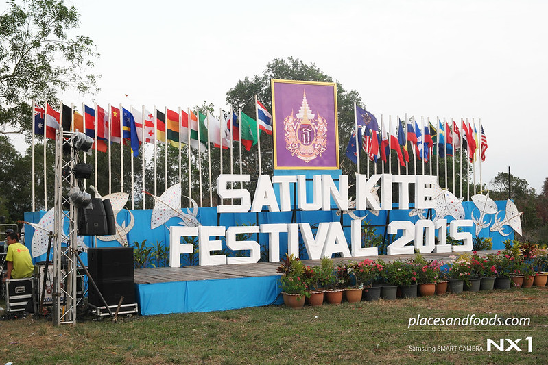 satun kite festival 2015