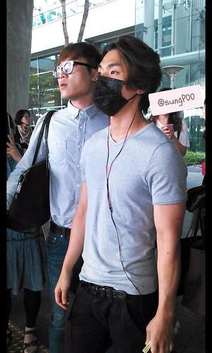 TOP-Daesung_ICN-fromShanghai-20140831(73)