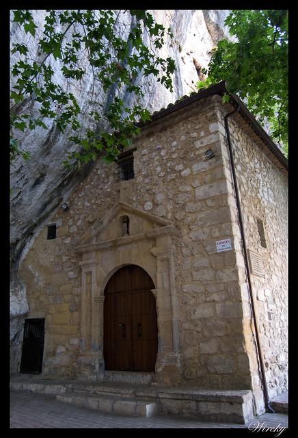Ermita de Nuestra Señora de los Desamparados en embalse de Bolarque