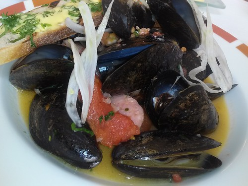 mussels with fennel sausage and tomato broth; cafe boulud palm beach