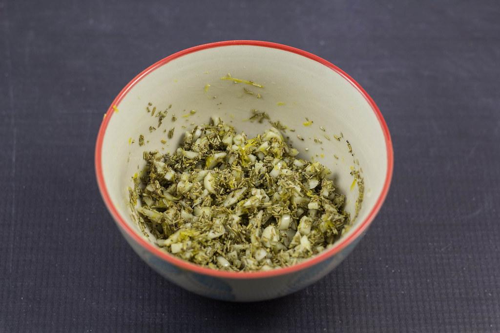 Opskrift på hjemmelavet Lammekølle med masser af hvidløg
