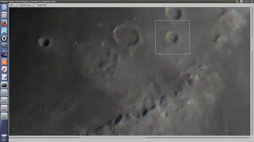 AviStack2_SS_(2014_09_22)_2 AviStack2でアライメント ポイントを指定している画面のスクリーンショット画像。 月面画像のクレーターにマークが位置してマークの周囲の領域が四角い白線の枠で囲われている。