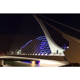 Convention Centre, Dublin #dublin #ifsc #ireland #conventioncentre #liffey #nightphotography #streetphotography #colour #instadaily #LoveDublin #picoftheday #reflection #discoverireland #instaireland #bestoftheday #samuelbeckettbridge #river #riverliffey
