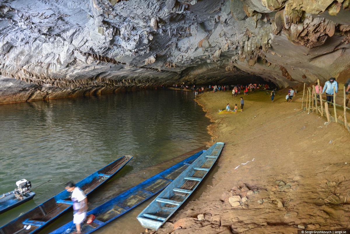 Kong_Lor_Cave_Laos-15