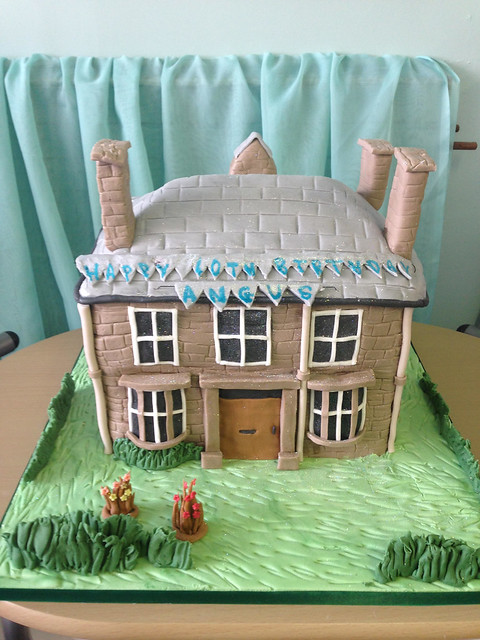 Replica House Themed Cake of Enchanting Cakes by Gayl