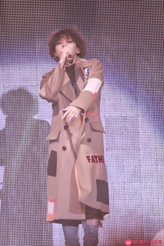 GD-guestappearance-Taeyang-RISE-Seoul-20141012_18