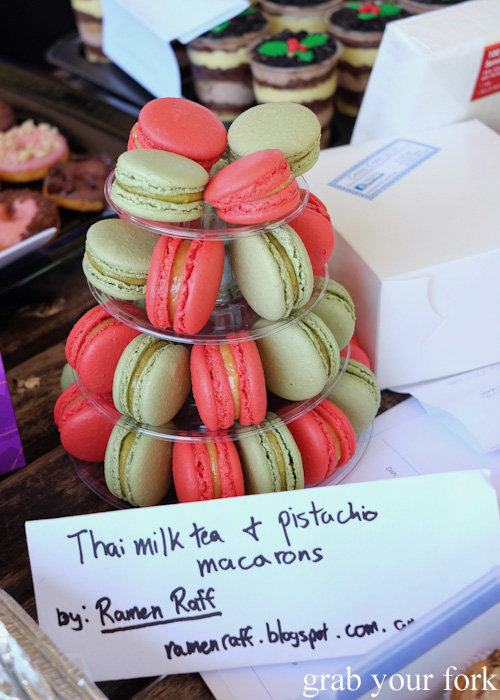 Thai milk tea macarons and pistachio macarons at the Sydney Food Bloggers Christmas Picnic 2014 #sydfbxmas2014