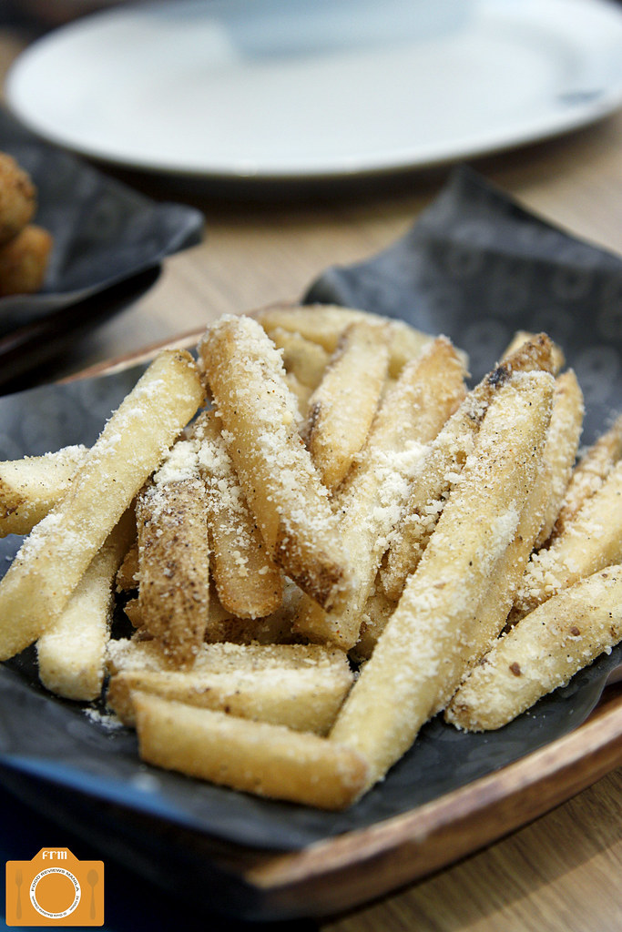 8 Cuts Skin on Steak Fries with Truffle Parmesan