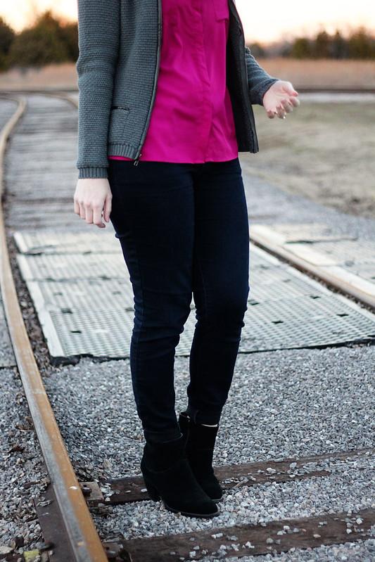 pink-tank-scarf-cardigan-5