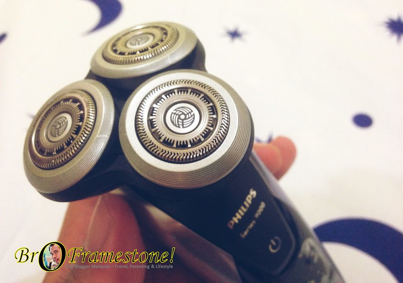 V-Track Precision Blades - Philips Shavers Series 9000