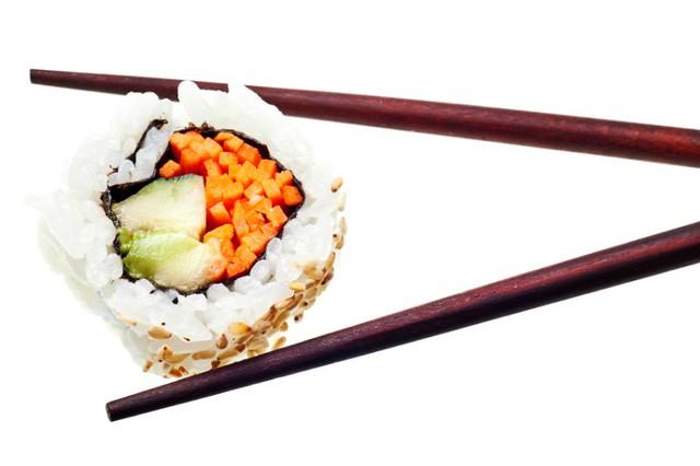 1_sushi-vegano-zanahoria-aguacate.jpg