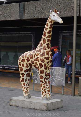 squibble_visits_Christchurch_citycentregiraffe