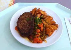 Salisbury steak with vegetable salsa & country…