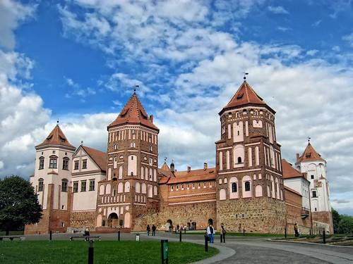 mir castle мір мірскі замак замок мир беларусь белорусь belarus gatehouse fortres tower