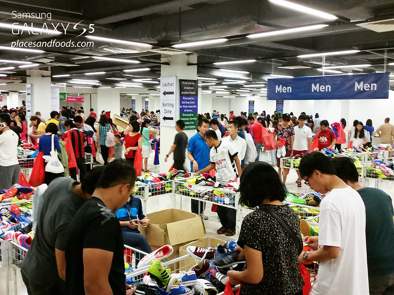 adidas year end warehouse sale viva expo hall 2014 shopping men shoes
