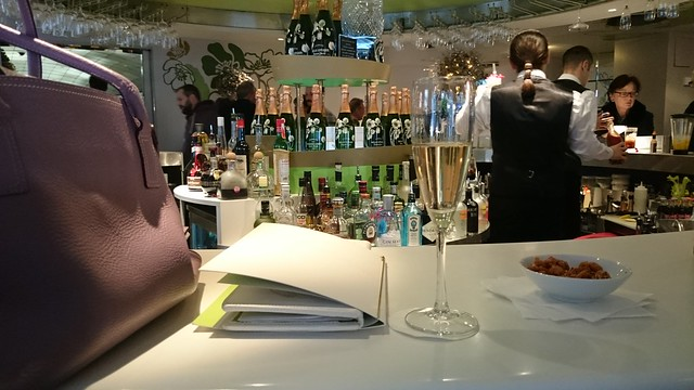 Pre-lunch champagne at Harvey Nichols