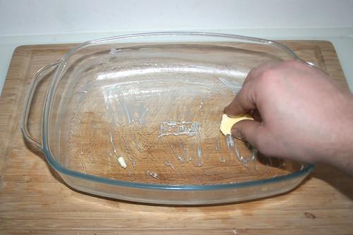 49 - Auflaufform ausfetten / Grease casserole