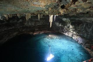 Cenote Samula.  Yucatn Peninsula, Mexico