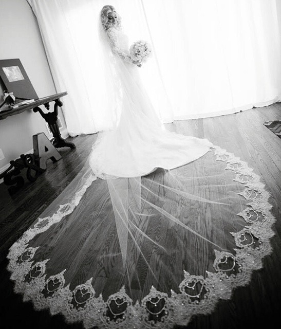 Fabulous bride Shannon in her custom designed crystal and lace cathedralveil by Bridal Styles Boutique