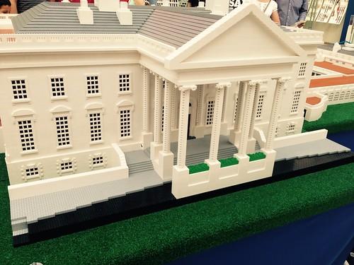 Lego monuments