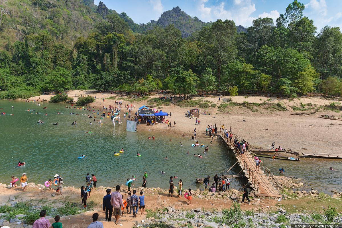 Kong_Lor_Cave_Laos-8