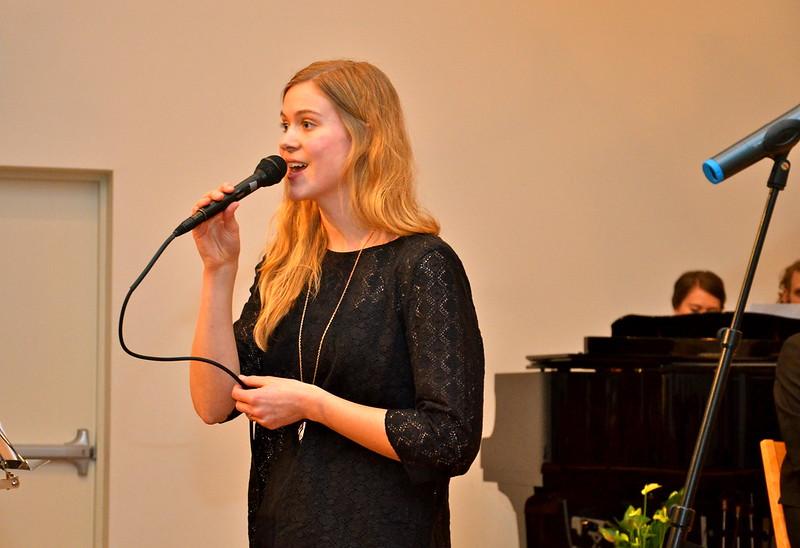 Ellen Gottfridsson - Ljuvlig sång ihop med Amanda och Jonathan