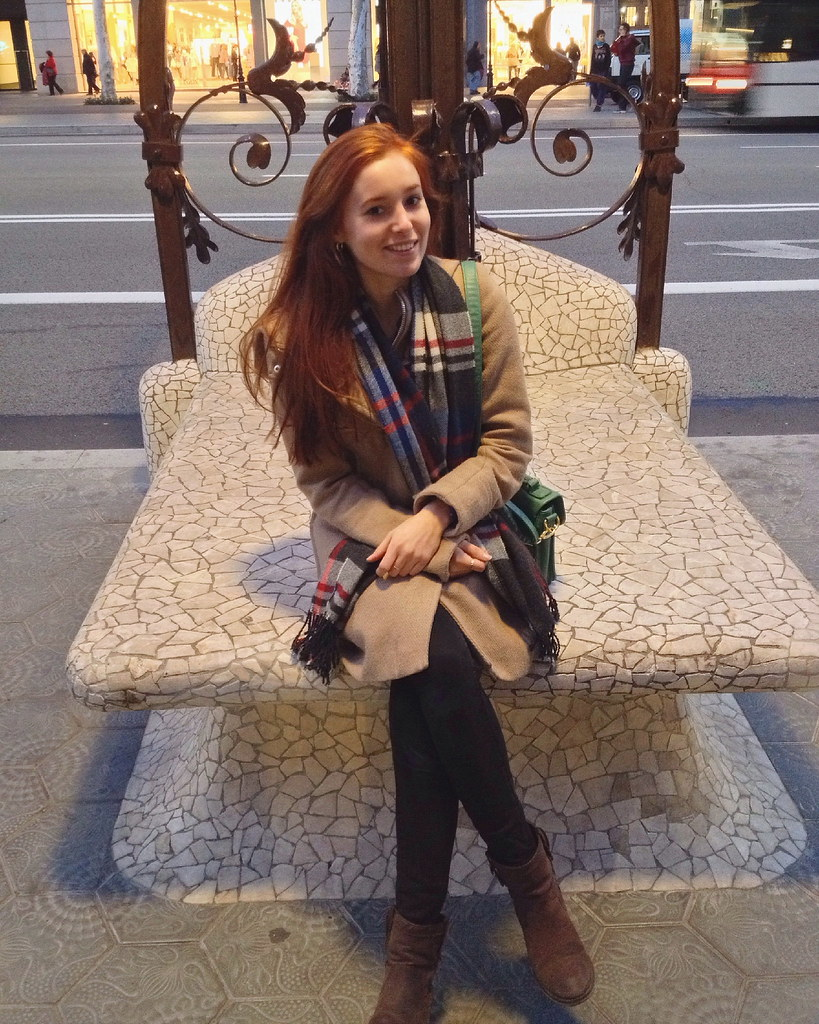 Barcelona Valentina Travel