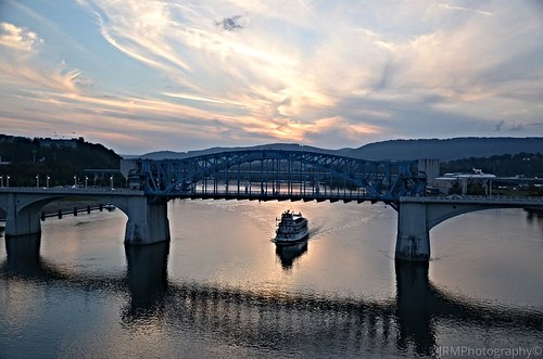 blue light sunset shadow red orange white reflection chattanooga water clouds evening twilight flickr glow tn dusk tennessee gray riverboat steamboat tennesseeriver southernbelle eveningcruise
