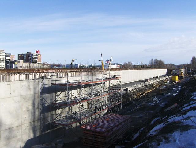 Hämeenlinnan moottoritiekate ja Goodman-kauppakeskus: Työmaatilanne 18.3.2012 - kuva 8