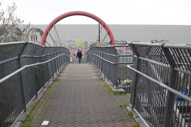 LDP 2015.02.02 - Footbridge Crossing the Hertford Union Canal