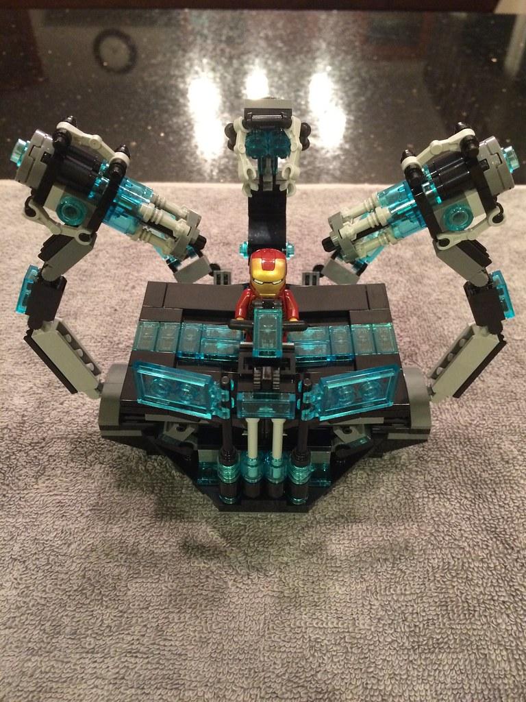 LEGO Iron Man Gantry - Iron Man 2