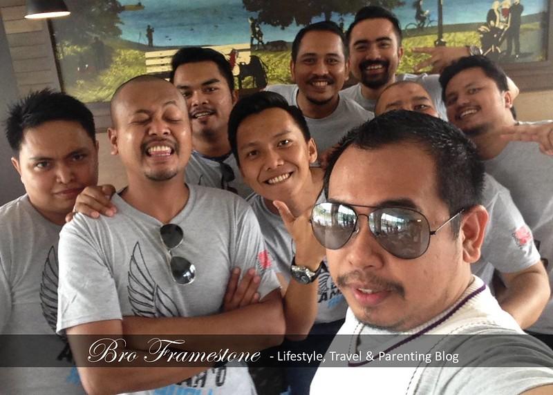 Selfie Bersama Orang Kuat Majalah LIBUR dan Karangkraf