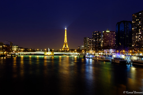 longexposure light sky paris reflection seine night cityscape eiffeltower toureiffel