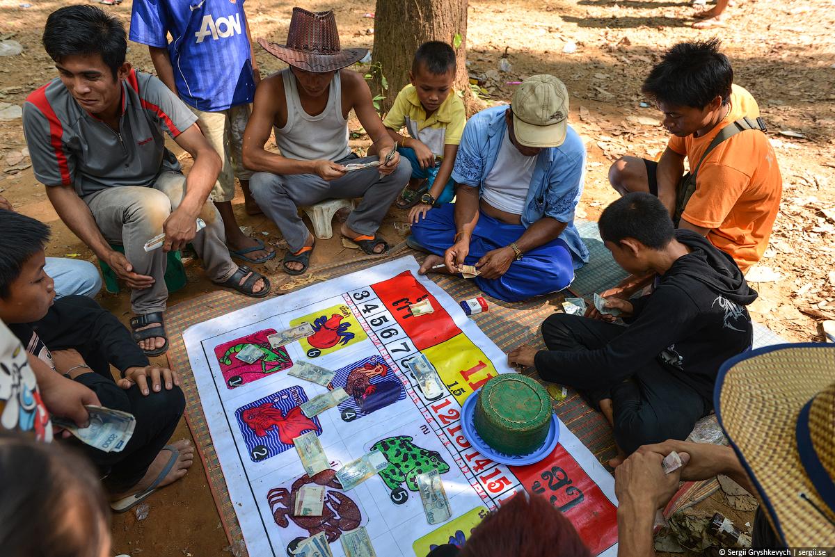 Kong_Lor_Cave_Laos-5