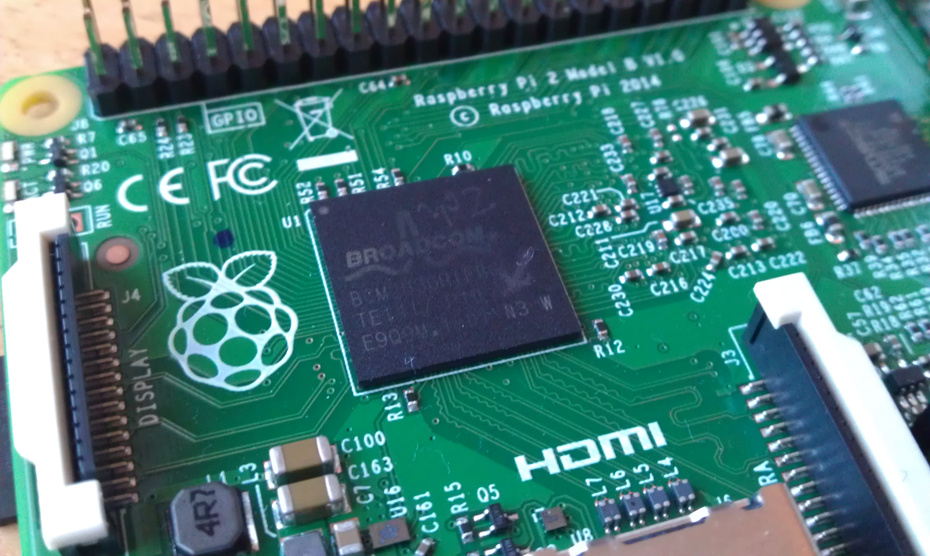 Can the Raspberry Pi 2 Replace your Desktop Computer?