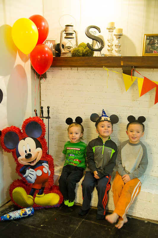 Mickey Mouse Party Kids