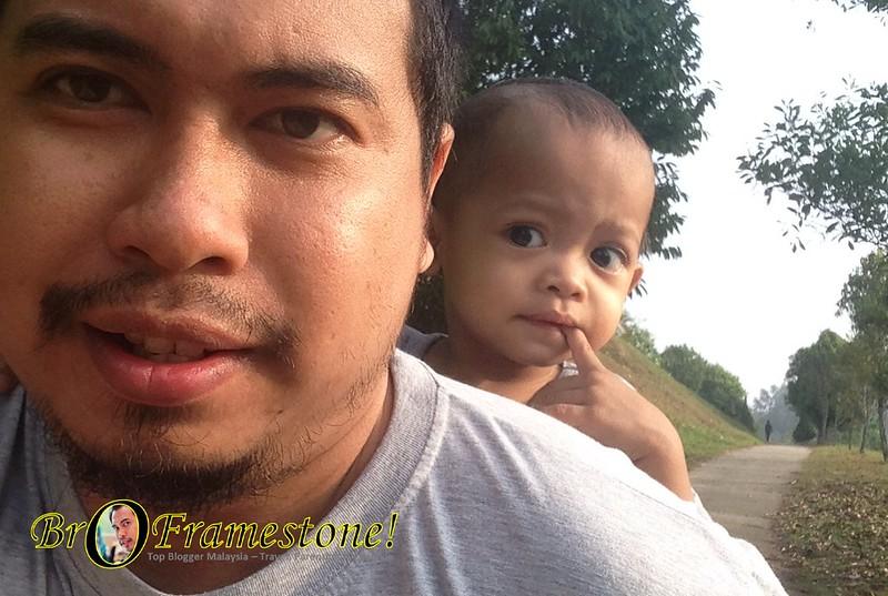 Muka Kepenatan Kehabisan Tenaga Anak Bapak Day Out