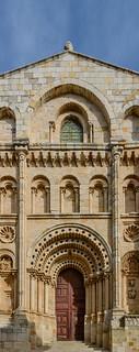 Catedral de Zamora. Puerta del Obispo