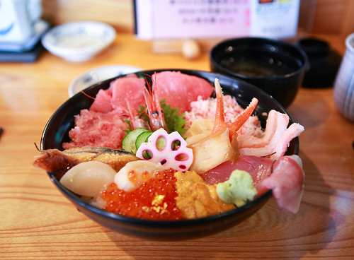 近江町市場-海鮮丼家ひら井-特選極品海鮮丼