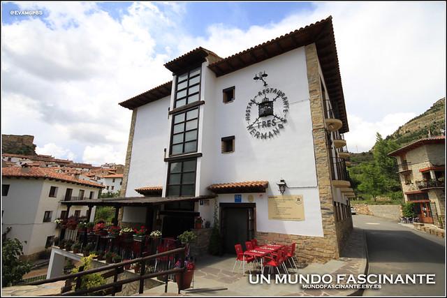 Hostal-Los Tres Hermanos, Linares de Mora, Aragón