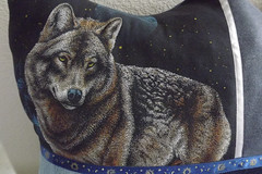 PillowShield_wolf-detail