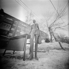 Sculpture Working Girl