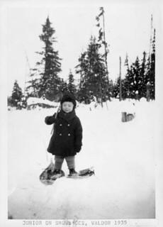 Junior on snowshoes, Val d'Or, Quebec, 1935 / Un petit garçon en raquettes à Val d'Or (Québec), 1935